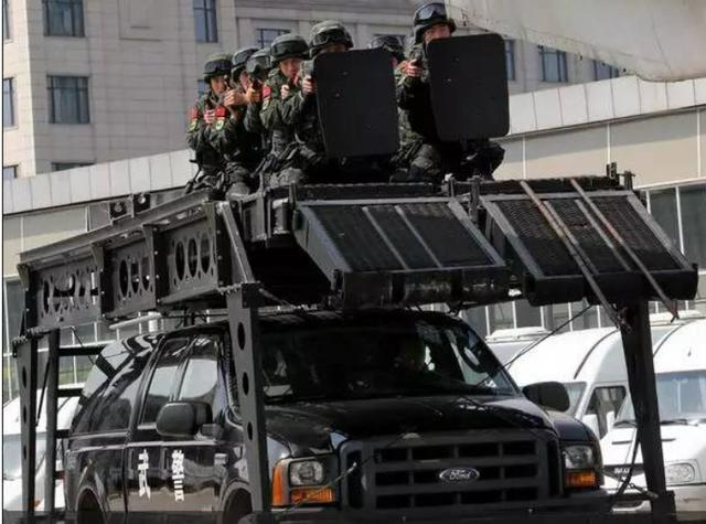 世界十大最精锐特种反恐部队PK十大恐怖组织图片