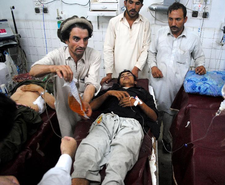 巴基斯坦医院爆炸死亡人数升至53人