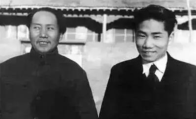 藏在柜子里的秘密:毛泽东最爱的人是谁?