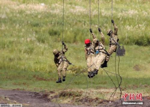 结束活动 日本驻南苏丹部队首批撤回人员回国