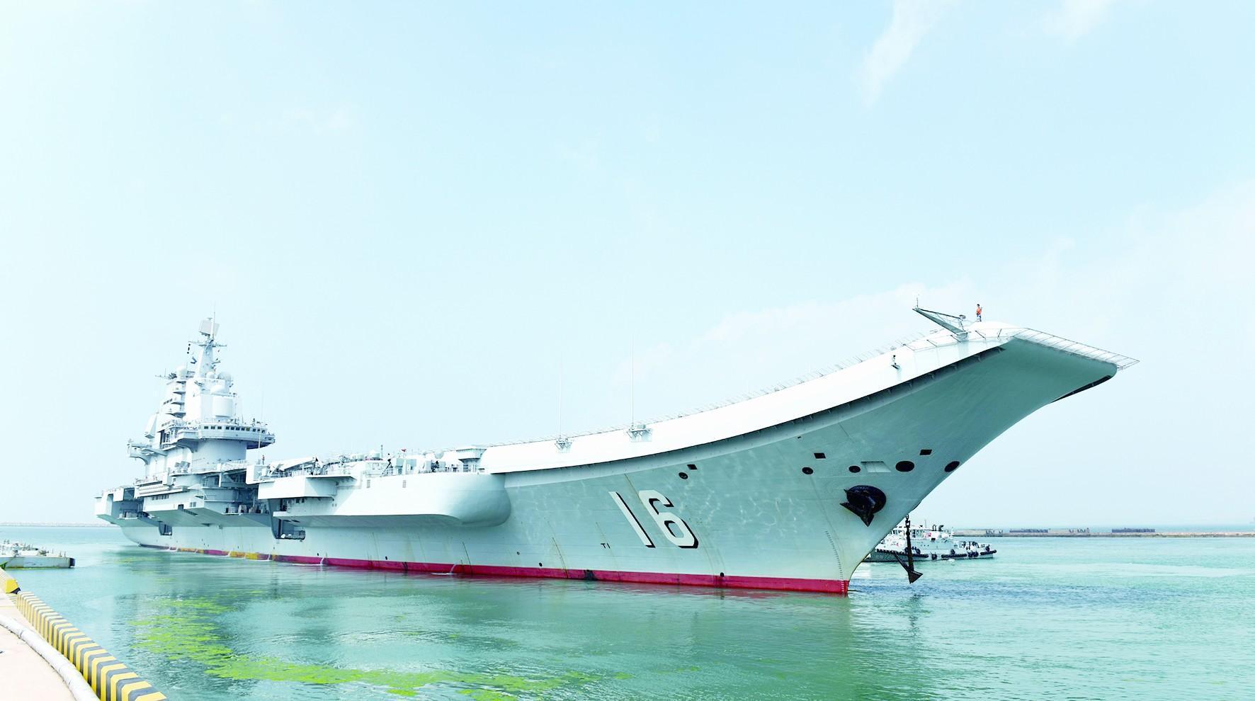 台军放言辽宁舰绕台是挑衅声称要严密监控