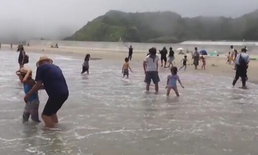 日本重开福岛海滩 民众:不敢游泳 仍觉得恶心