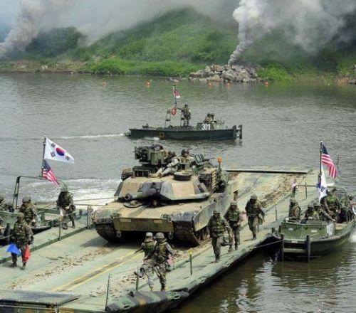 """朝鲜半岛危机急需""""八月转机""""打破僵局"""