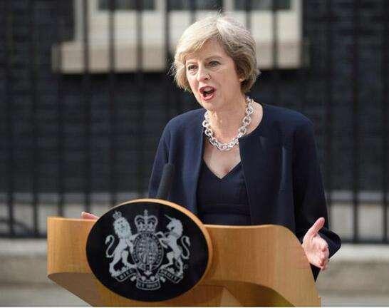 """英首相遭""""逼宫"""" 欧盟与工党谈""""脱欧""""?"""