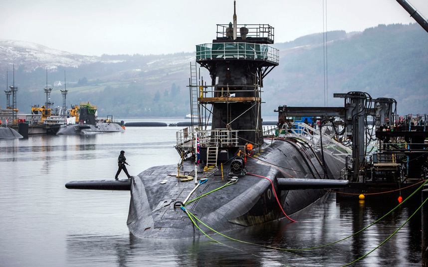 丑闻!英军战略核潜艇两主官因男女关系被停职