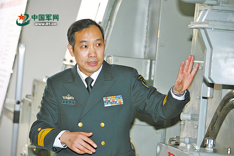 与技术难题较劲他为我军舰艇装上中国心