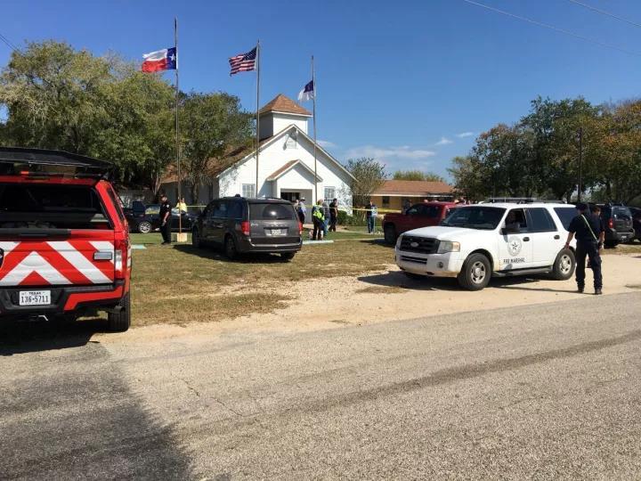 美国得州一教堂发生枪击事件,已致27人死亡