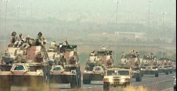 两张照片萨达姆在伊拉克疯传引巨大争议
