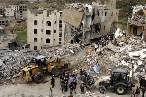多国联军空袭也门胡塞武装 致死136名平民