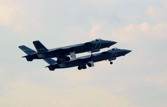 歼-20等新机实战制胜空天