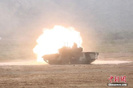 泰国陆军测试中国产VT4坦克赞性能优越