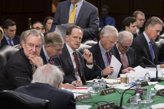 """刚刚,美众院通过了一个""""摧毁台湾法"""""""