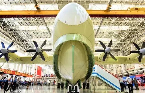 """中国大飞机""""三剑客""""之一,鲲龙600到底有多厉害?"""