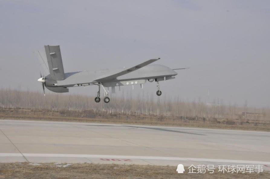 西北一场测试让中国察打一体无人机战力暴增!