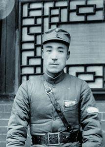 哪位党员由毛泽东批准入党 其他人都不知
