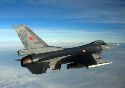 希腊空军幻影2000拦截土耳其军机时坠毁