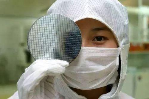 白宫内部报告揭露美国打压中国芯片行业内幕