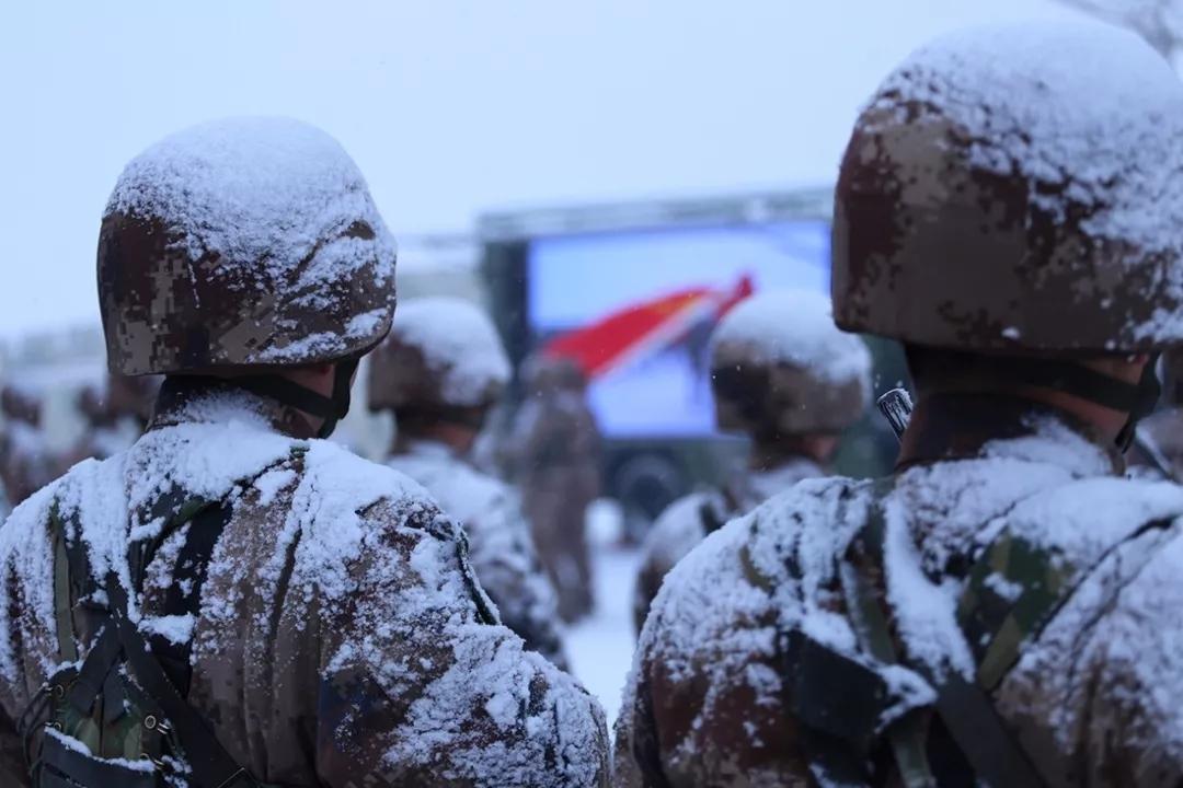 军人职业尊崇度就是国家安全围墙的刻度