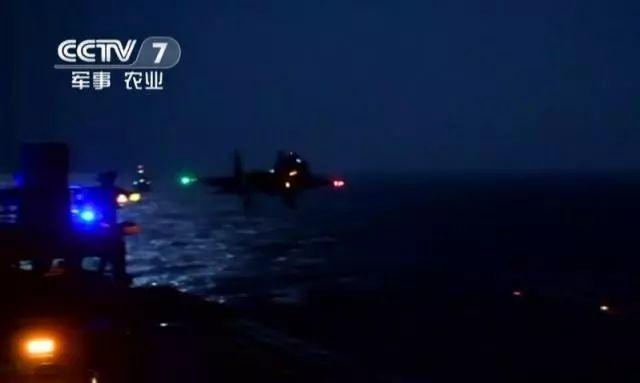 重大事件!中国航母舰载机夜间起降成功