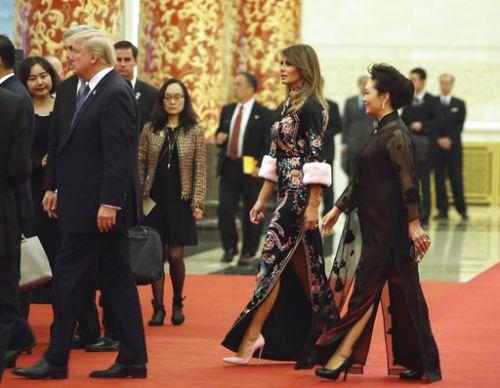 就因为她穿旗袍,外国网友吵翻了