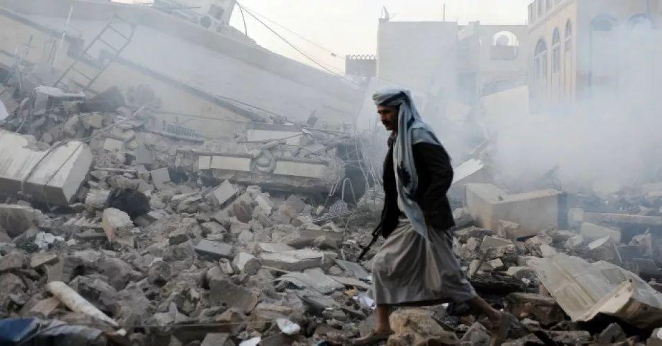 """美在也门与基地组织""""联手""""说明两点"""