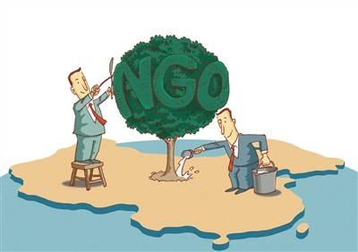 社会运动视角下西方NGO的民主输出与