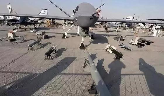 """美军""""AI算法战""""颠覆未来战争?"""