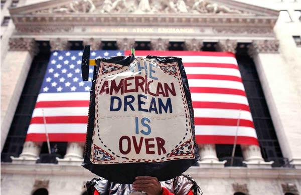 """旅美学者:褪色的""""美国梦"""""""