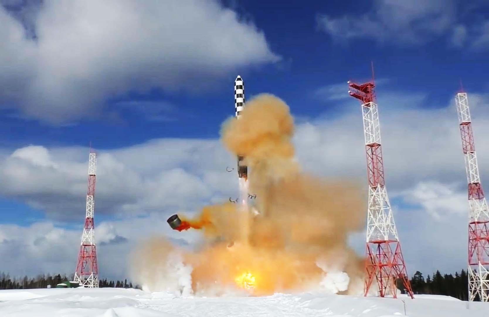 俄将重启死亡之手数千核弹头自动反击