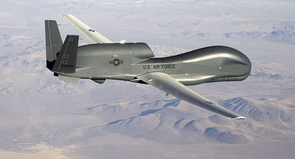 美军全球鹰在克里米亚海岸附近进行侦查