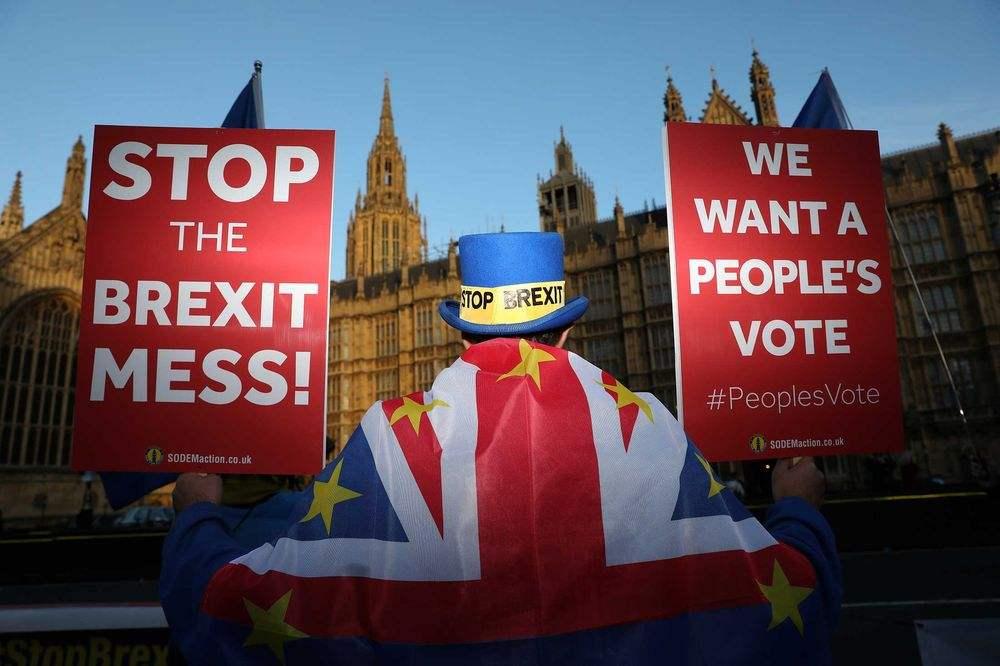 """警惕英国新首相把中国变成""""垫脚石""""政治企图"""