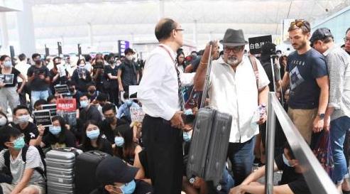 香港暴乱两个月了,中国公知为什么集体静默?