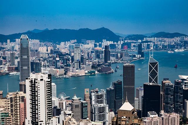 收回香港治权,从收回司法权入手!