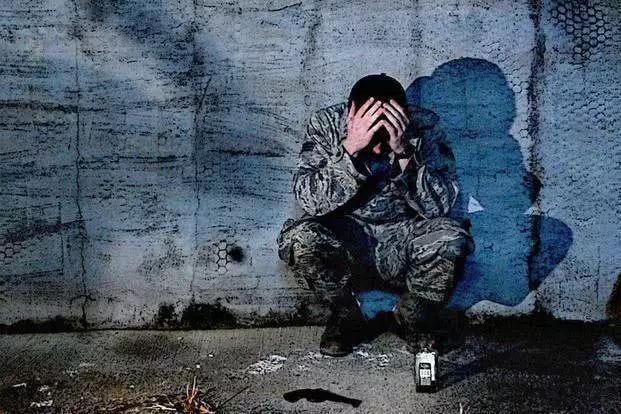 """美军士兵心理痼疾难除,""""自杀指数""""不断攀升"""