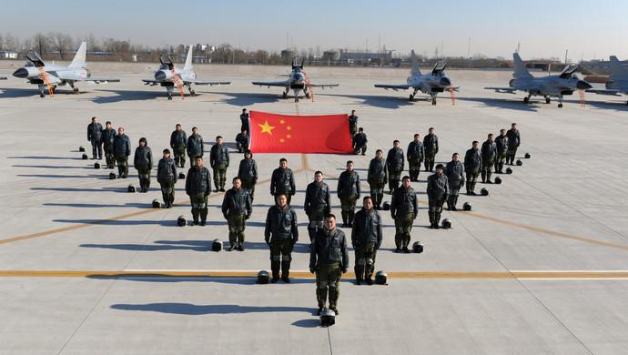 壮丽70年 人民空军英雄史诗著空天