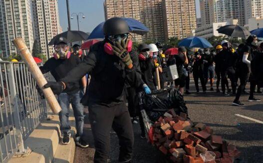 美国如何在香港埋下颜色革命的种子