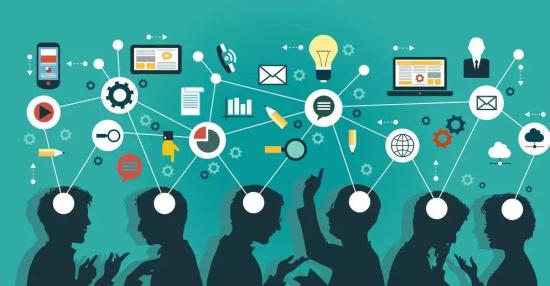 论网络假造公共领域去意识形态化的风险及其调适