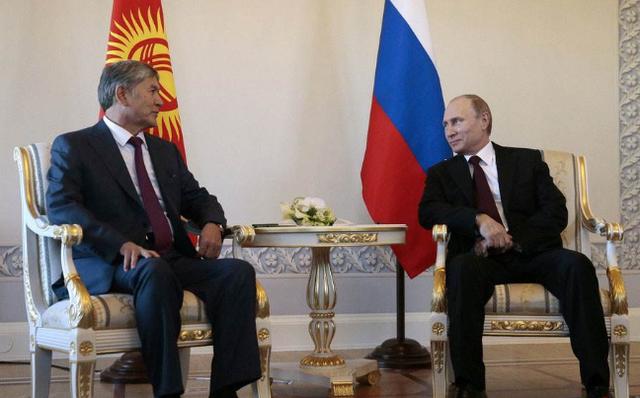 普京需警惕,邻国颜色革命成功一半,总统失踪数天后声明准备辞职