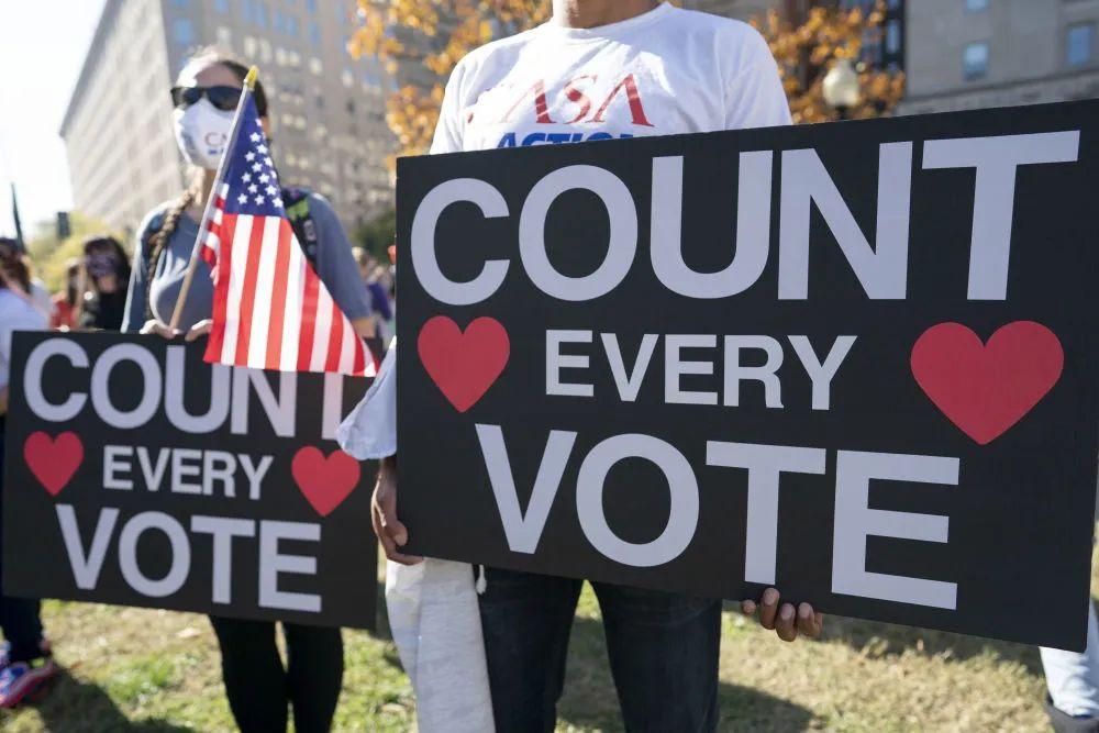 这场美国大选扯下了谁的遮羞布?