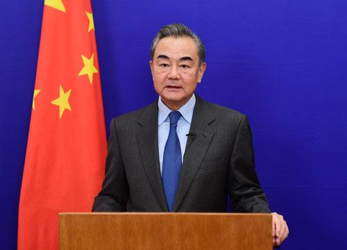 """王毅:试图改造颠覆中国是""""不可能完成的任务"""",只会撞上南墙"""