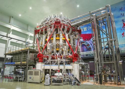 """核聚变领域获重大突破!我国新一代""""人造太阳""""首次放电"""