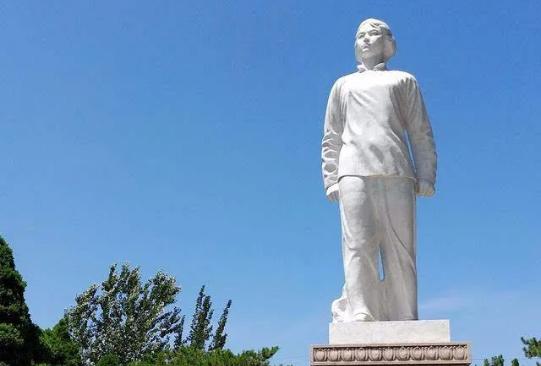 司承志   献给刘胡兰:用热血和生命把共产党员的尊严擎起