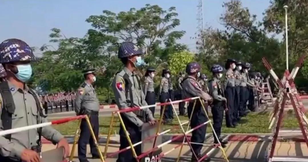 """拜登会不会借缅甸""""政变""""发动对中国的围堵?"""