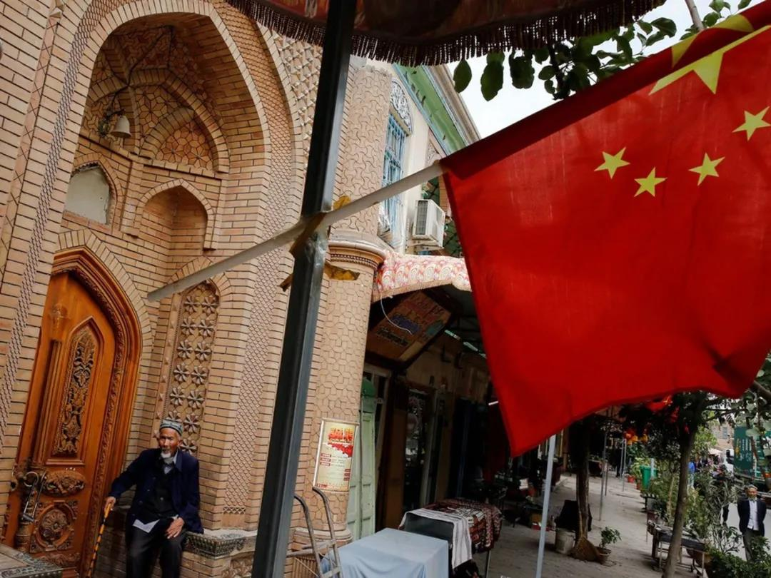 胡锡进:围绕新疆问题,5问西方媒体和政客!
