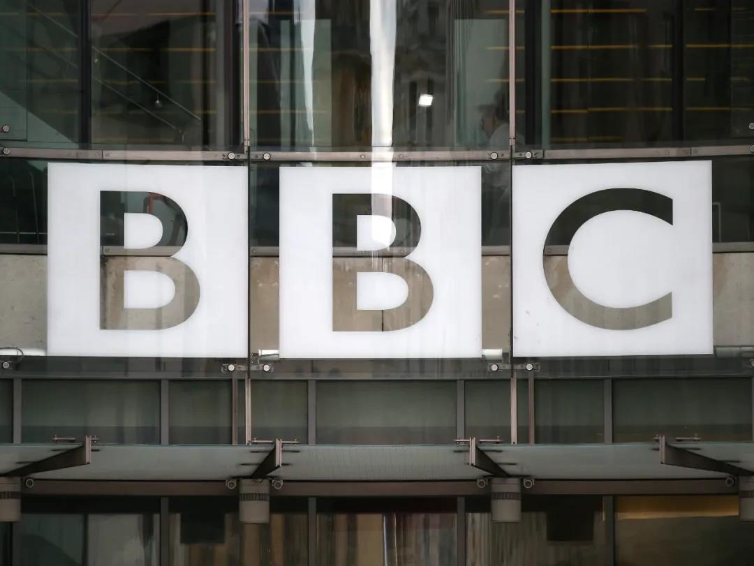 """除夕深夜""""逐客""""BBC  中国不接受假新闻"""