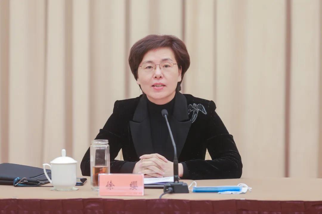 江苏召开自媒体发展座谈会 张爱军作出批示