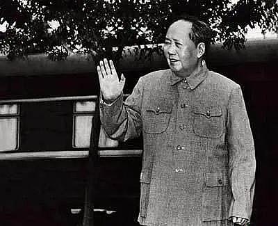 两位民盟前副主席对毛主席死心塌地的佩服说明了什么?