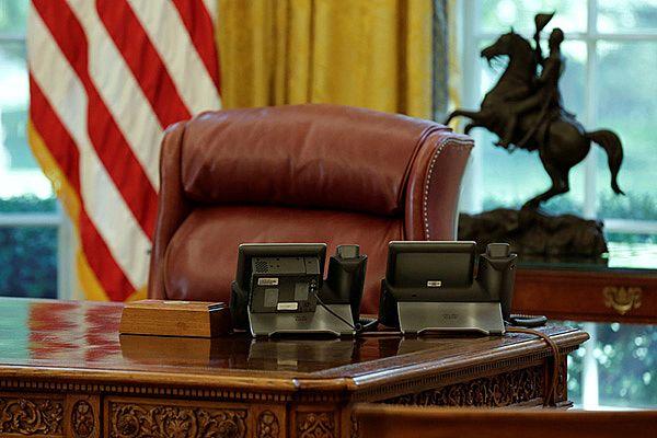 压垮美国总统的最后一根稻草