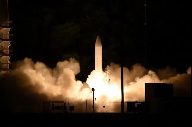 """美军披露一导弹性能,美媒叫嚣""""中国的噩梦!"""""""