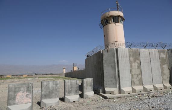 密切关注阿富汗局势 俄罗斯愿为和平对话搭台
